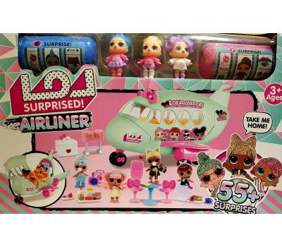 Самолет с тремя куклами